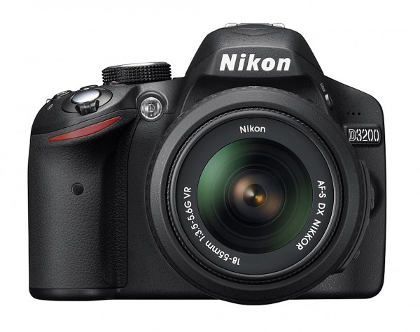 Nikon-D3200-peegelkaamera-photopoint-01