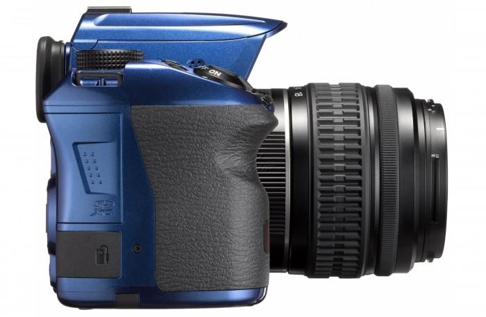 tsifrovaya_zerkalnaya_fotokamera_pentax_k-30_da_l_18-55mm_kit_blue